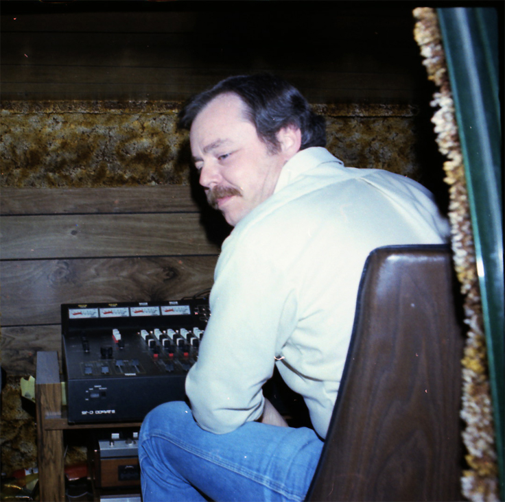 Dan with the Teac 80-8 and mixer set-up in the back of Phantom's van at the backroom, Austin, Texas.