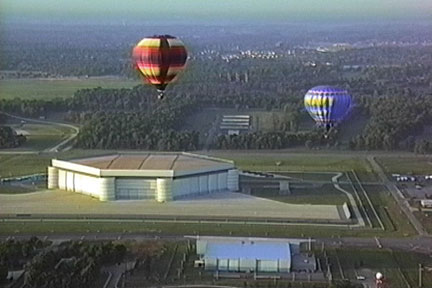 picture from Phantom's Sunrise Sunset II hot air balloon DVD