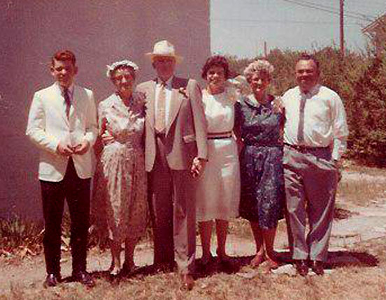 picture of Theophilus family and Mom & Pop Crerar