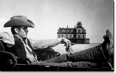 picture of James Dean in front of Marfa's Gaint movie facade