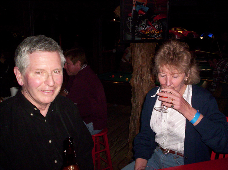 picture of Shiela and Michael at Hog Wild