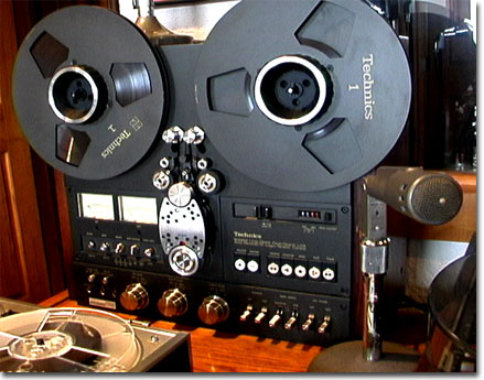 picture of Phantom's Technics RS-1700 reel tape recorder
